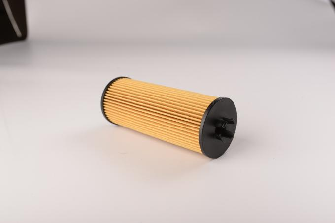 Mercedes Benz 4 Wheeler Fuel Filter Non Woven Fabric Low Resistance High Effiiciency